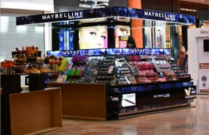 kiosco-maybelline